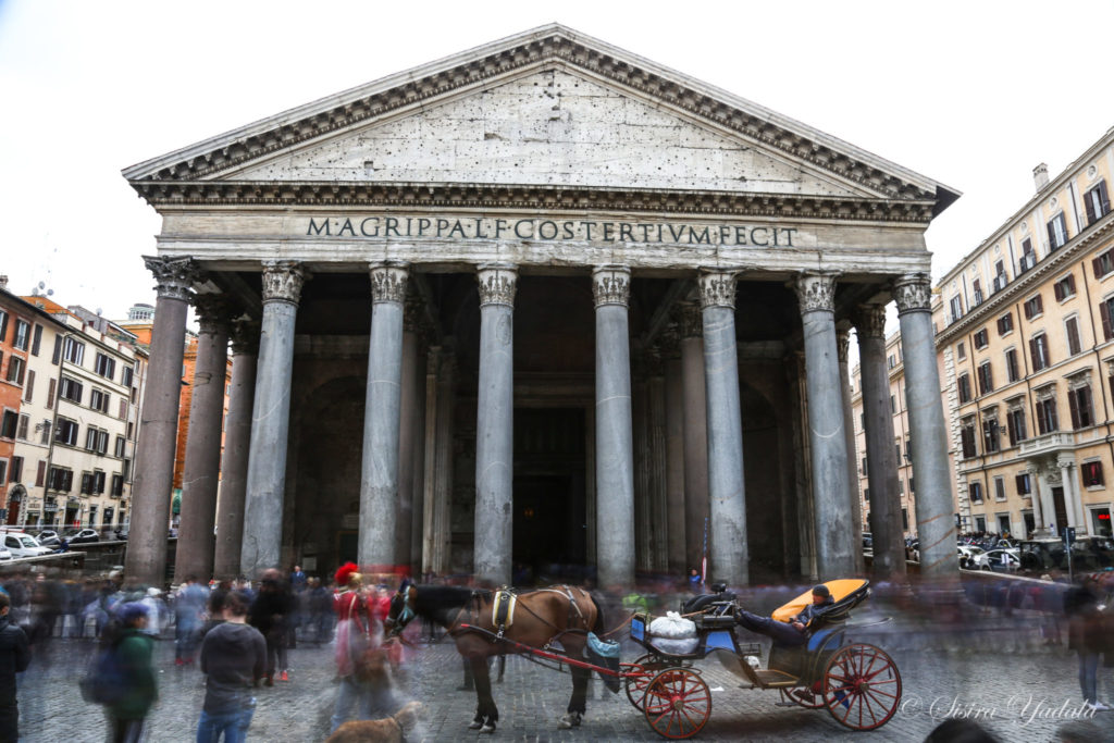 Artistic photo of the Pantheon